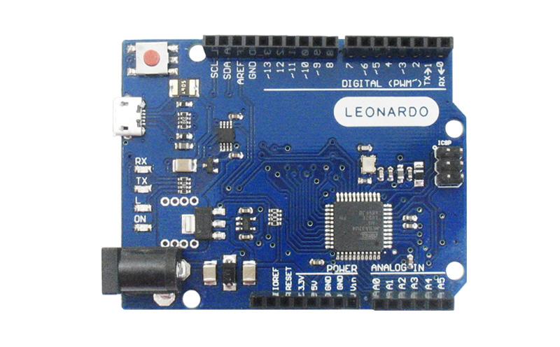 Placa Leonardo com cabo USB (Arduino Compatível)