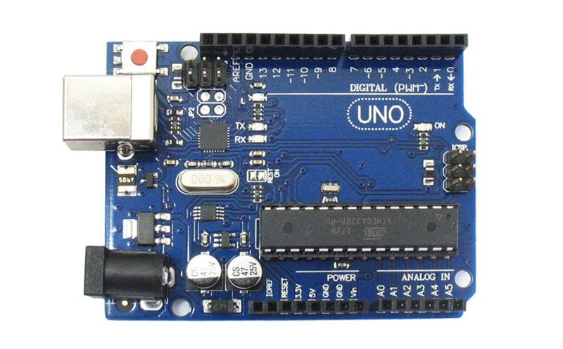 Placa Uno R3 com cabo USB